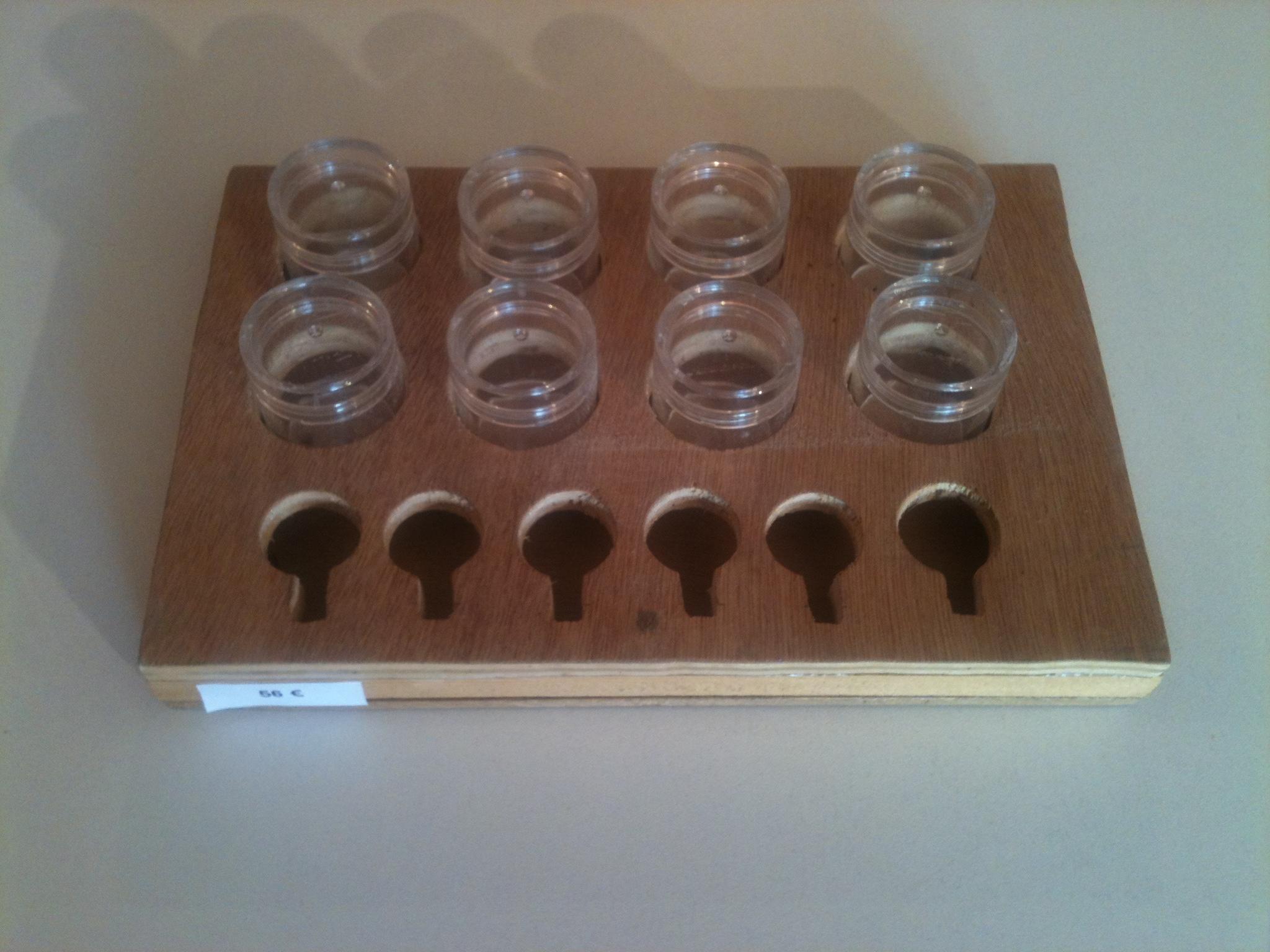 Accessoires noga eliezer for Peinture pour bois contreplaque